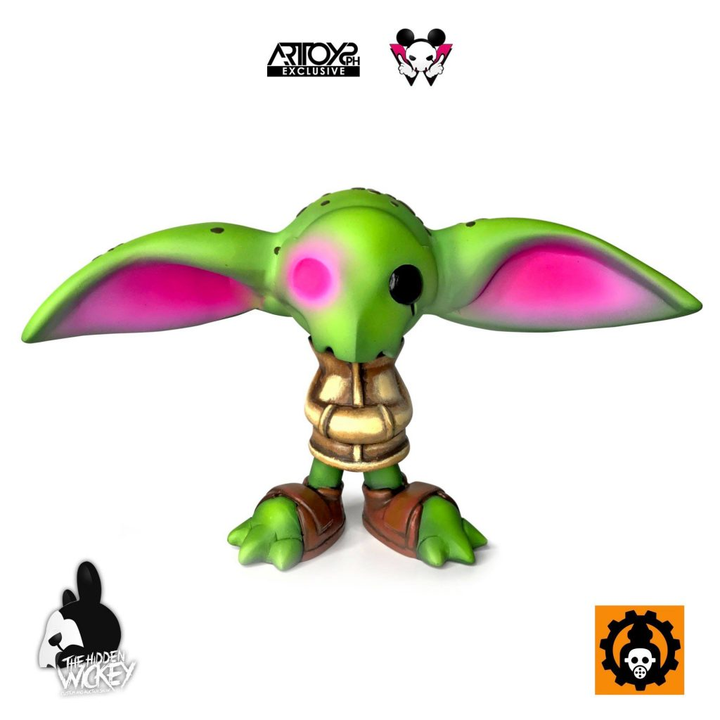 A Yoda inspired rat toy with a vinyl appearance