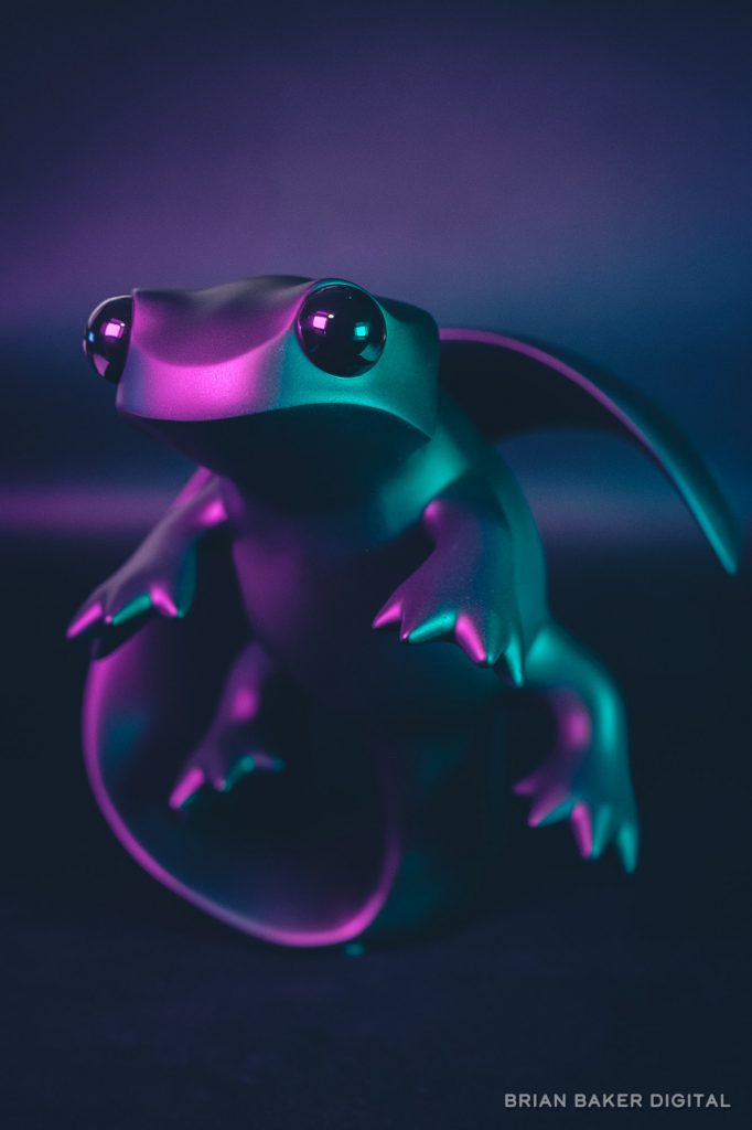 12dot apo newt under pink and green light