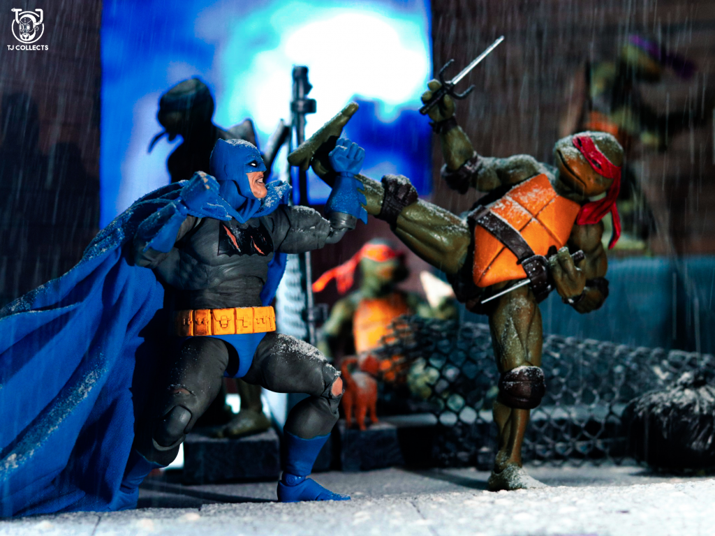 Mafex 'Dark Knight Returns' Batman Vs Neca TMNT Toy Photography by TJ Collects