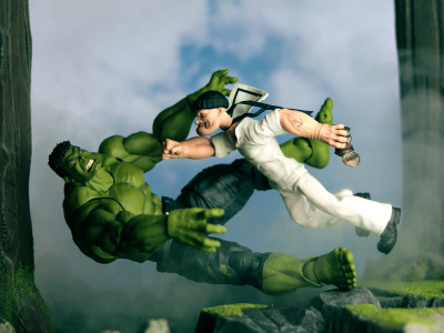 Mezco Popeye vs S.H. Figuarts Hulk Toy Photography by TJ Collects