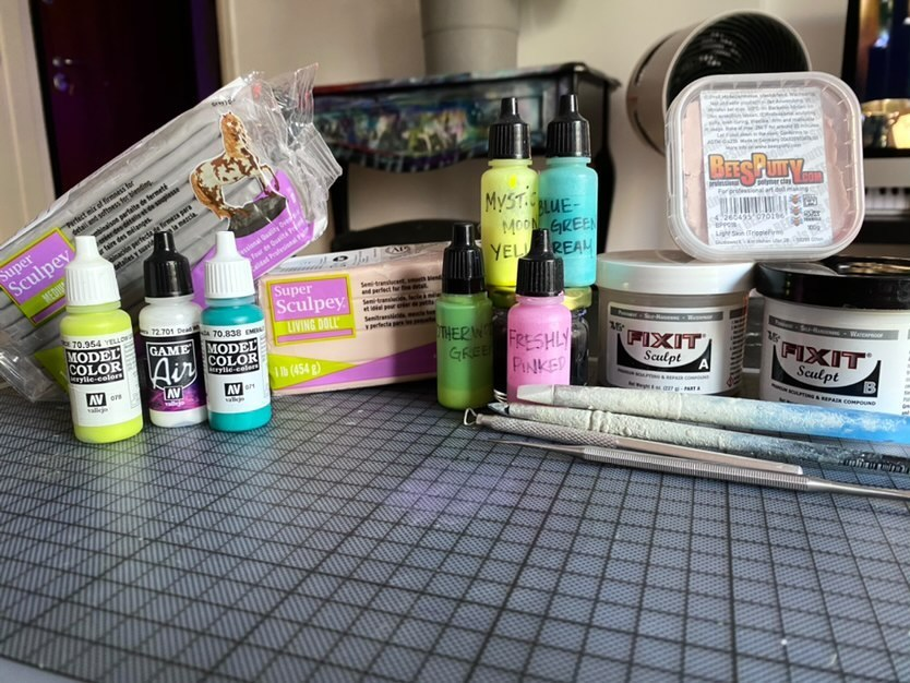 Kristy Kitsune designer toy artist tools and materials